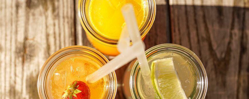 Est-il préférable de boire un verre de soda light ou un jus de fruits PAF ?